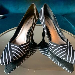 Black & White Stripe Pumps Size 9